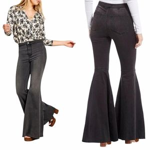 FREE PEOPLE just float on flare jeans in black 28